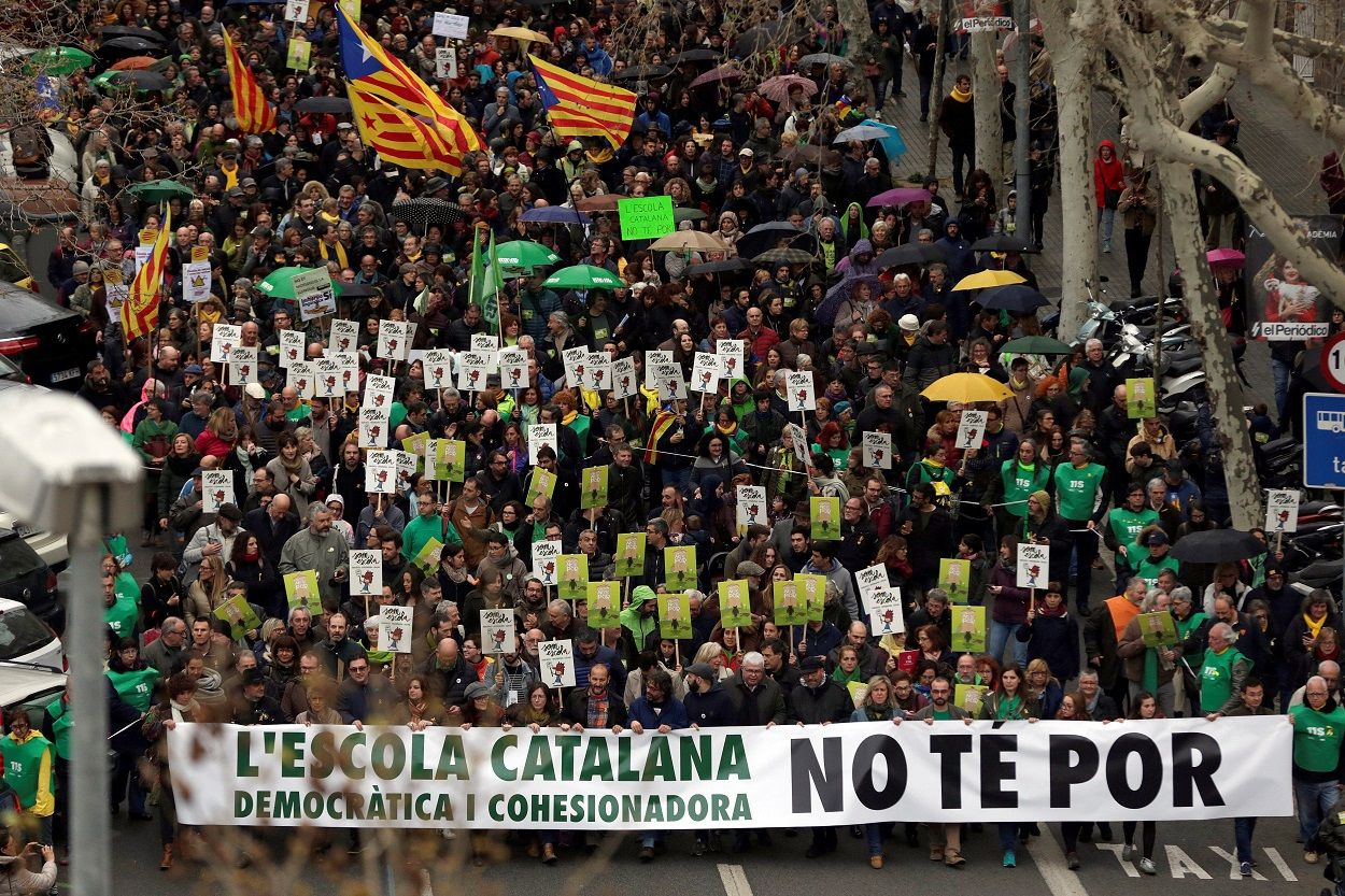 Barcelona demonstration for Catalan education model, March 17