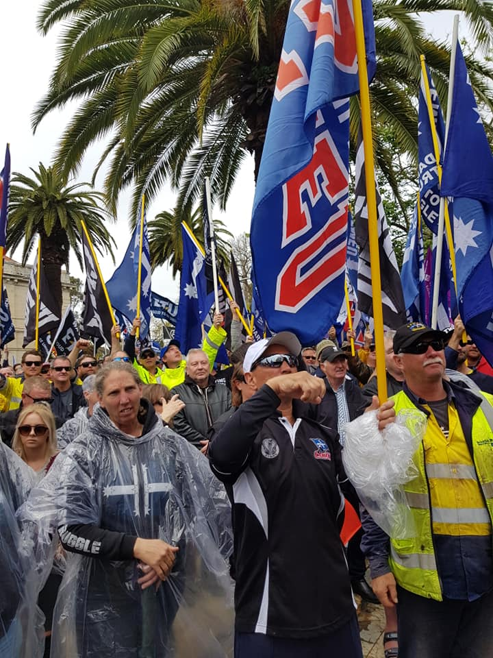 Thousands of unionists rally in Perth to kick off nationwide 'Change the Rules' rallies