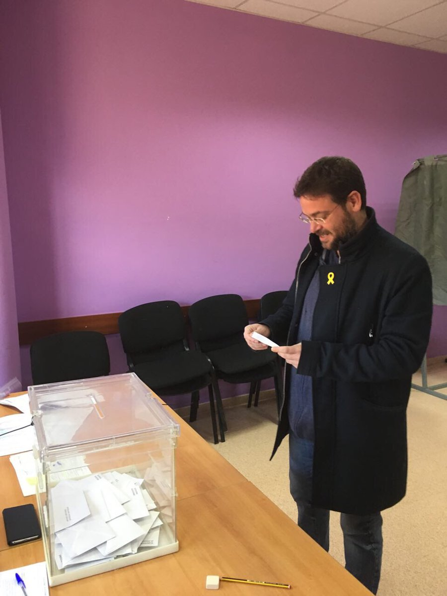 December 21. Albano Dante Fachin voting