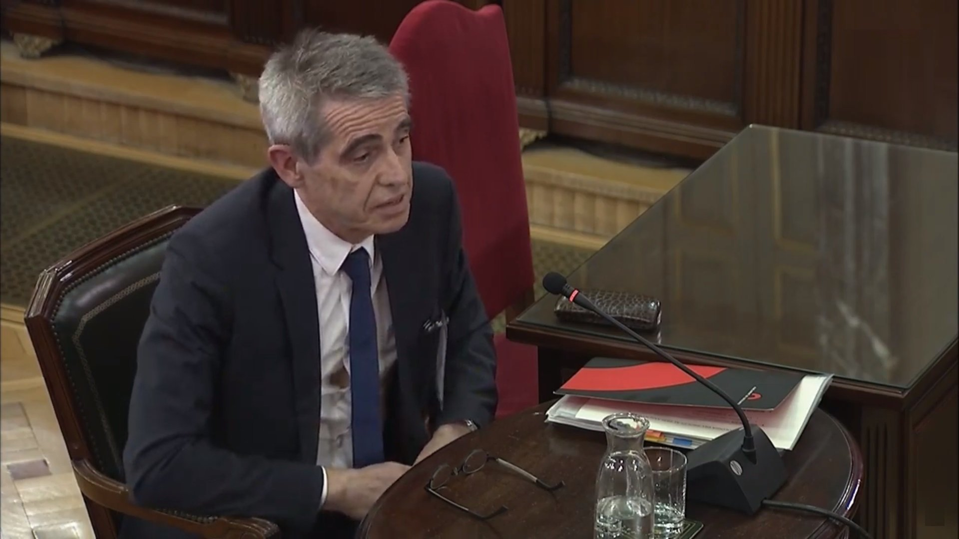 Antoni Bayona, former chief counsel of the Catalan parliament, giving evidence