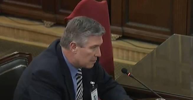 Antonio Manuel Santos, former Unipost distribution manager for Barcelona and Badalona, giving evidence