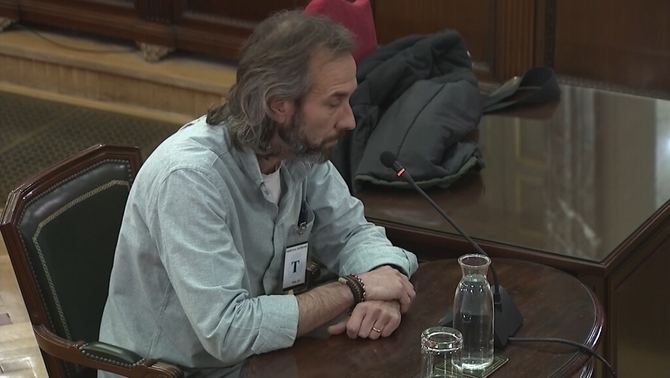 David Badal, head of the Catalan government's electronic invoicing department, giiving evidence