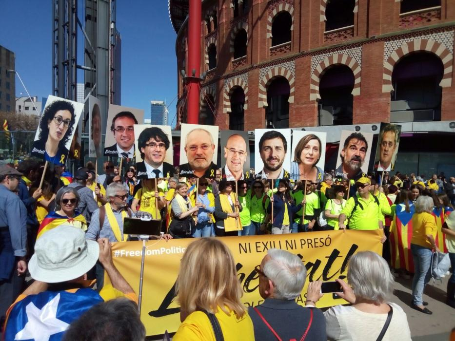 April 15 Barcelona demo: 'Neither Exile Nor Prison'