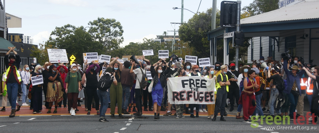 Free the refugees march, Kangaroo Point, August 15