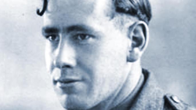 Geoffrey Servante, last British survivor of the International Brigades, to vote Puigdemont