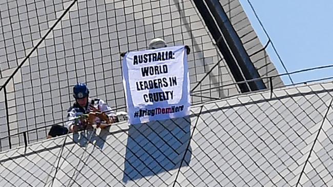 Human Rights Activists Refugees Manus Island  November
