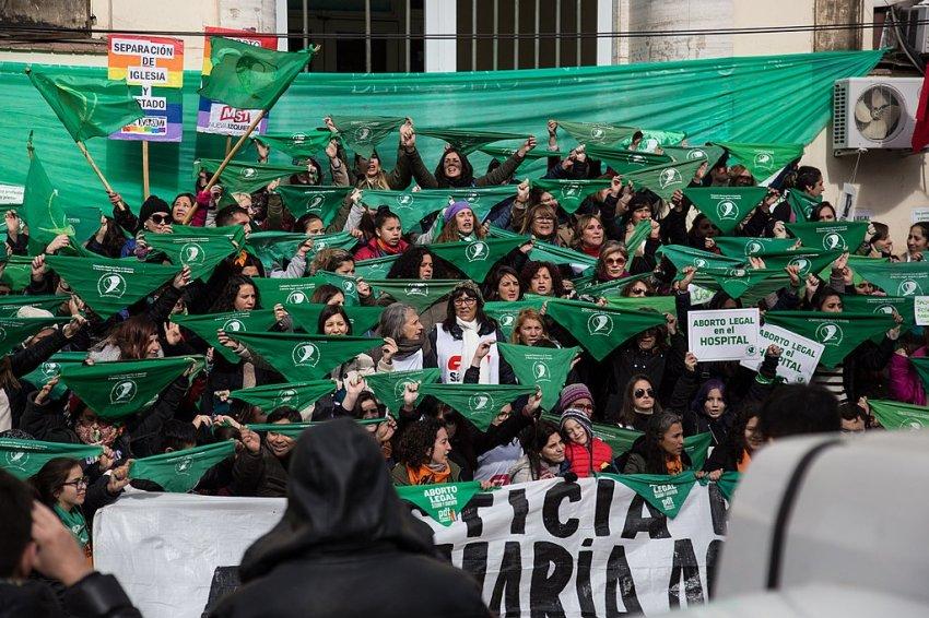 2018 abortion rights protest in Argentina. Photo: Lara Va/Wikimedia Commons CC: SA 4.0