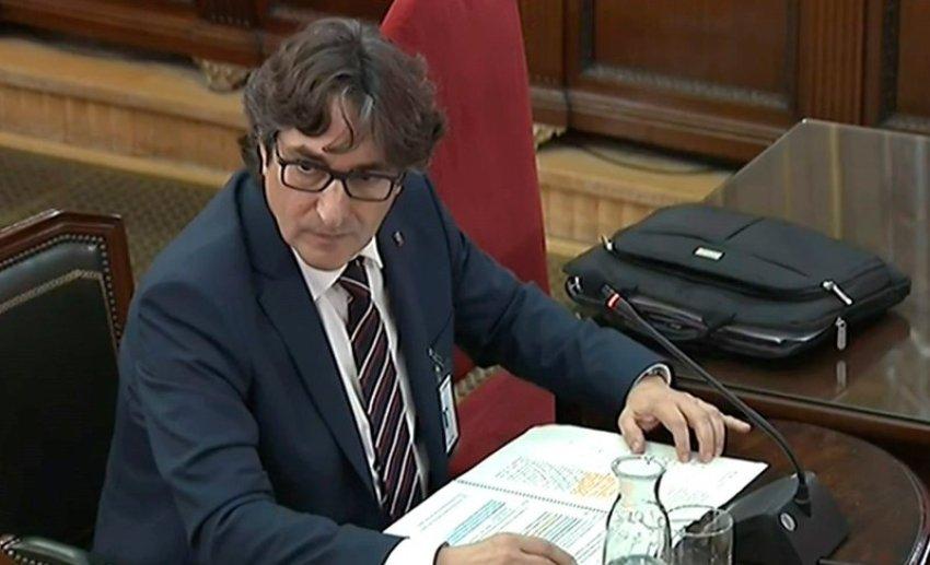 David Pérez (PSC), second secretary of the Catalan parliament's speakership panel, testifies