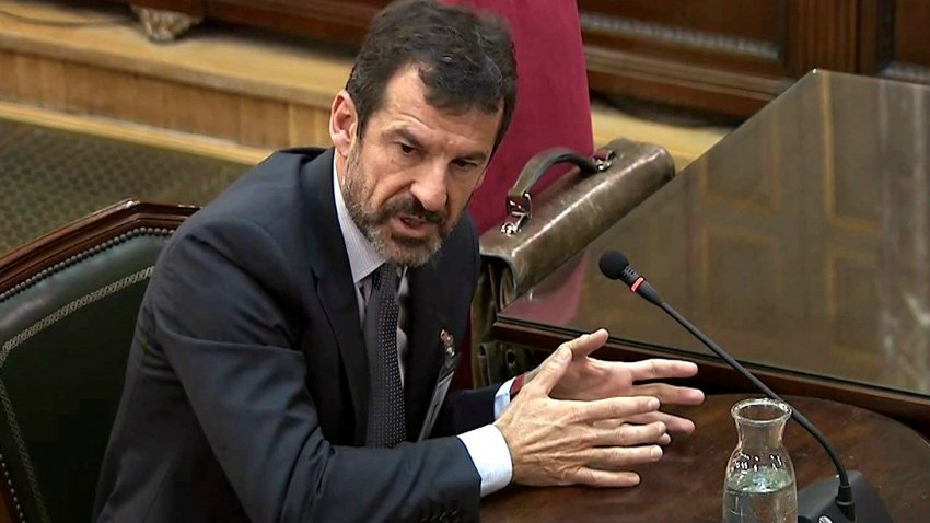 Ferran López, former deputy head of the Mossos d'Esquadra under Josep Lluis Trapero and acting head under article 155, giving evidence