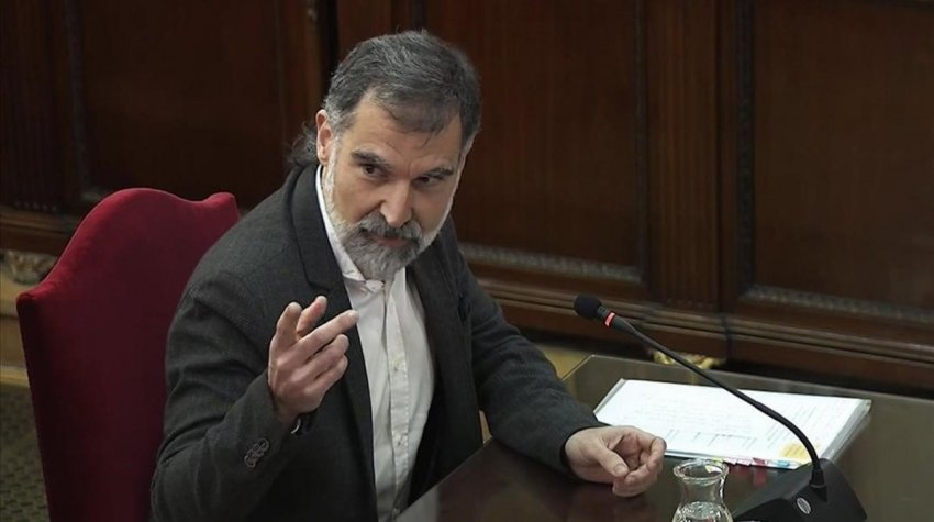Òmnium Cultural president Jordi Cuixart in one of many clashes with the prosecutor