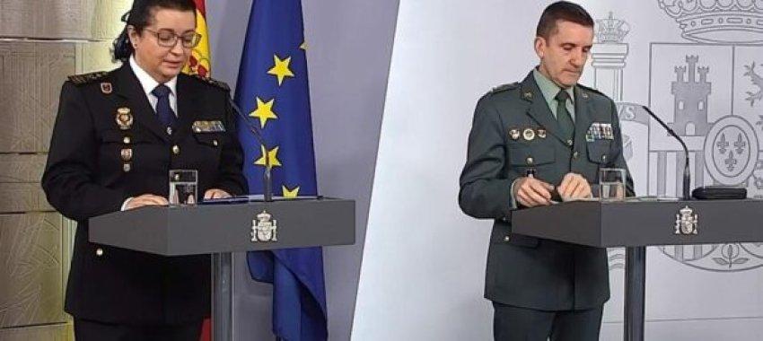 José Manuel Santiago (right) at a press conference (Credit: Vilaweb)