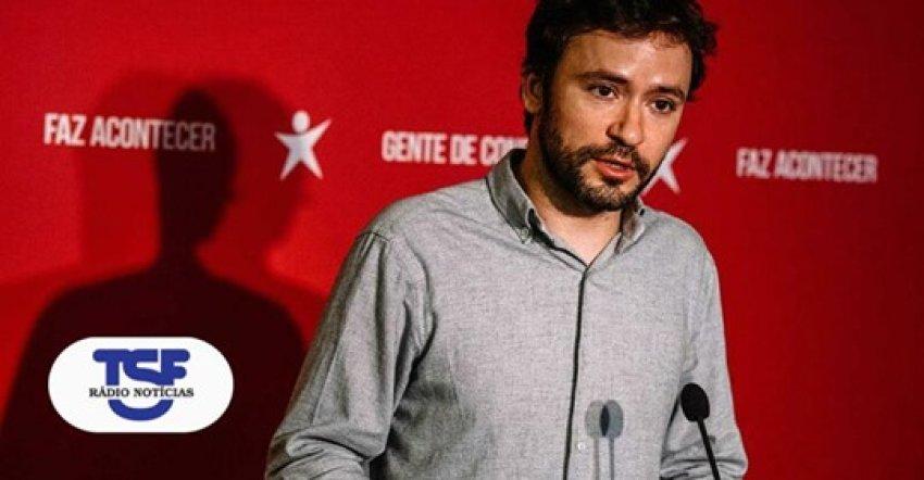Left Bloc MP José Soeiro being interviewed by Radio TSF