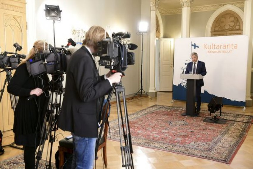 Finnish president Sauli Niinistö meets the media on May 22 (Credit: Heikki Saukkomaa | Lehtikuva)