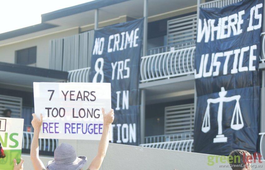 Longer Tables, not higher fences solidarity day, November 11. Photo: Alex Bainbridge