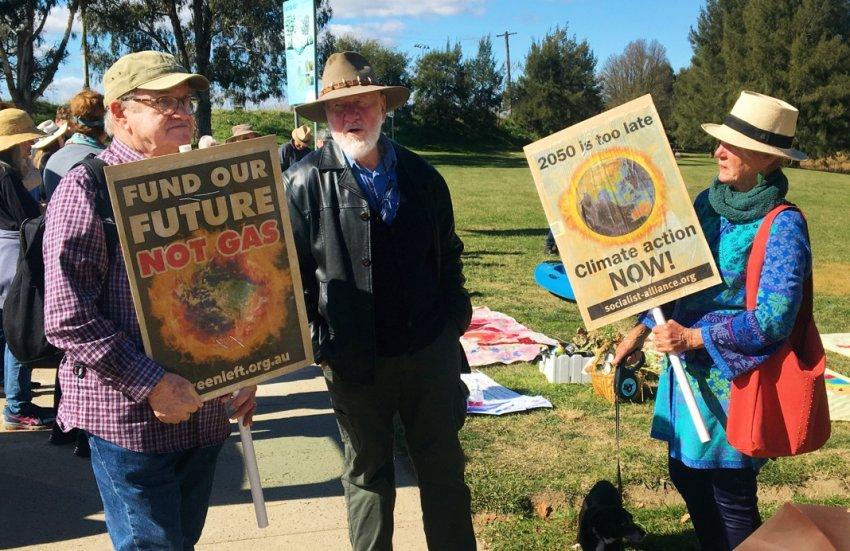 Climate strike in Bathurst. Photo: Charles Boag