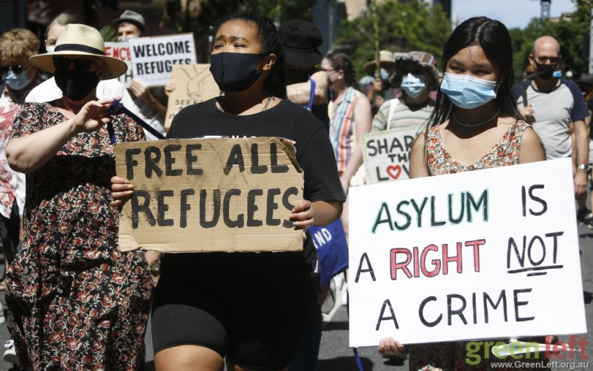 Free ALL refugees, Brisbane. Photo: Alex Bainbridge