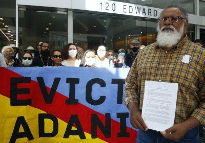 Wangan and Jagalingou evict Adani