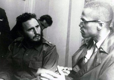 Fidel Castro meeting with Malcolm X.