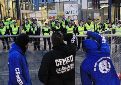CFMEU members and police