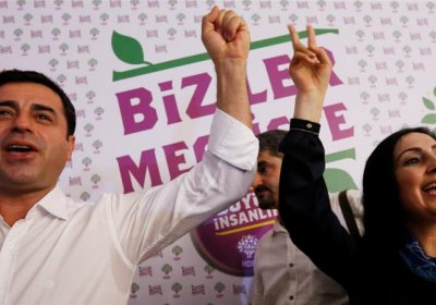 HDP co-leaders Selahattin Demirtas and Figen Yuksekdag