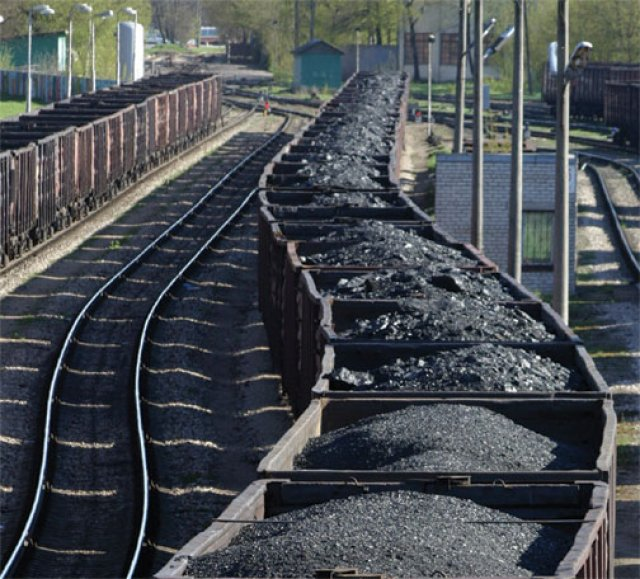 Protesters stop coal trains | Green Left Weekly