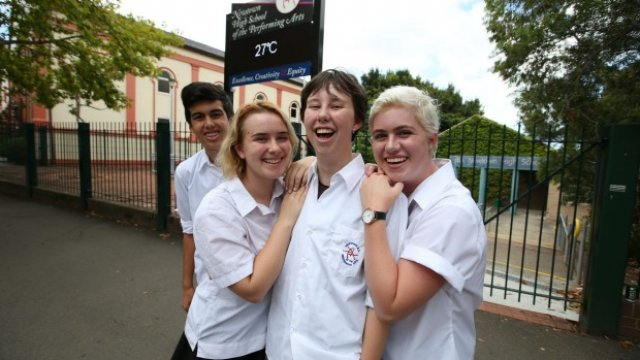 School changes gender rules for uniforms | Green Left Weekly