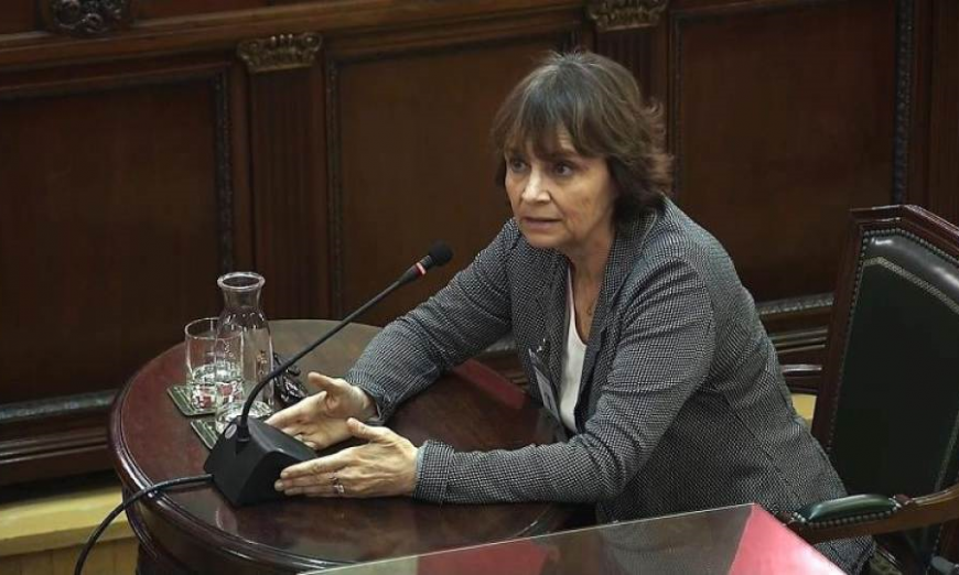 Teresa Prohias, former director of services in the Catalan government's ministry of the presidency, testifying