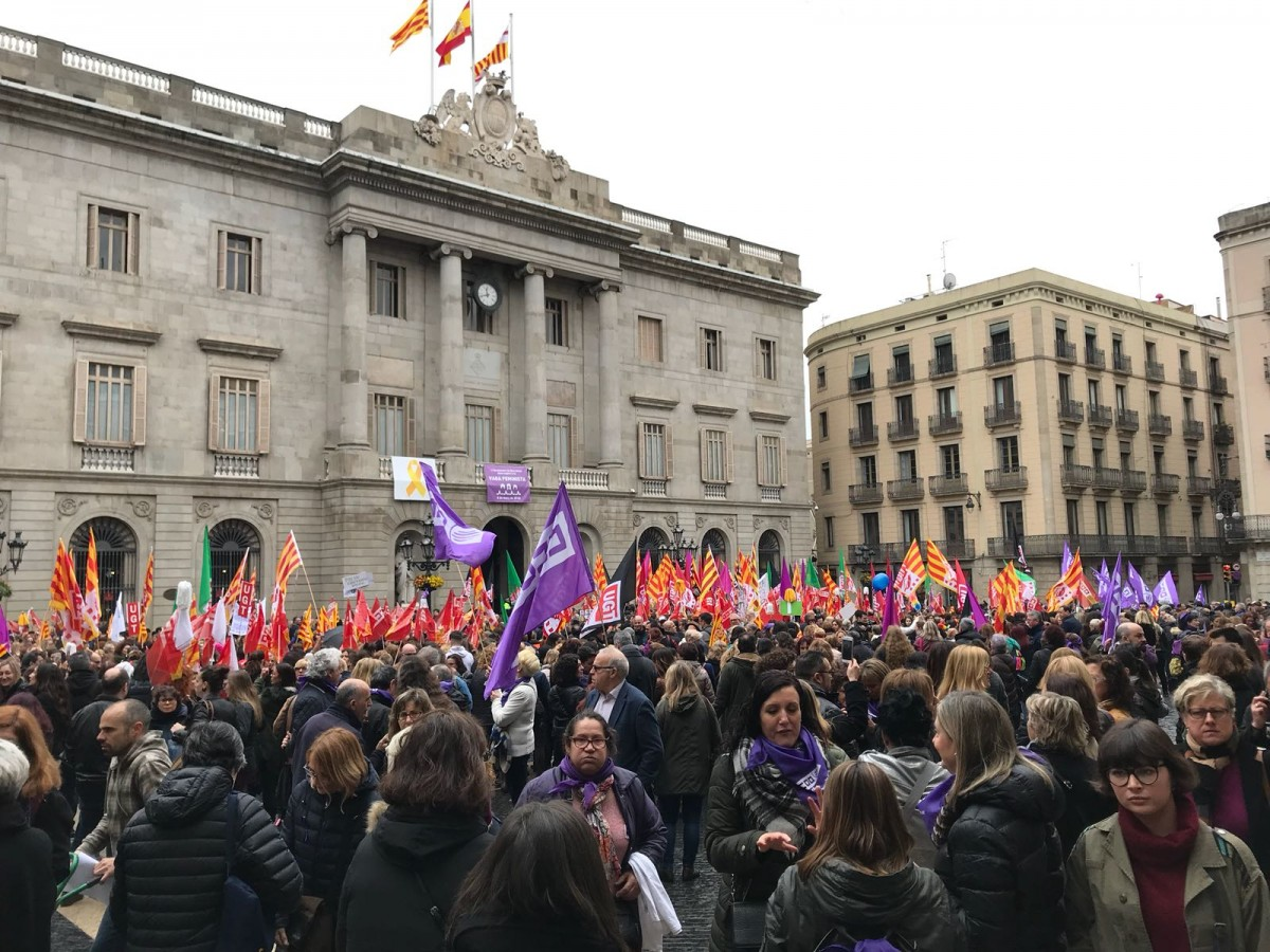 IWD feminist strike rally, St James Square, Barcelona