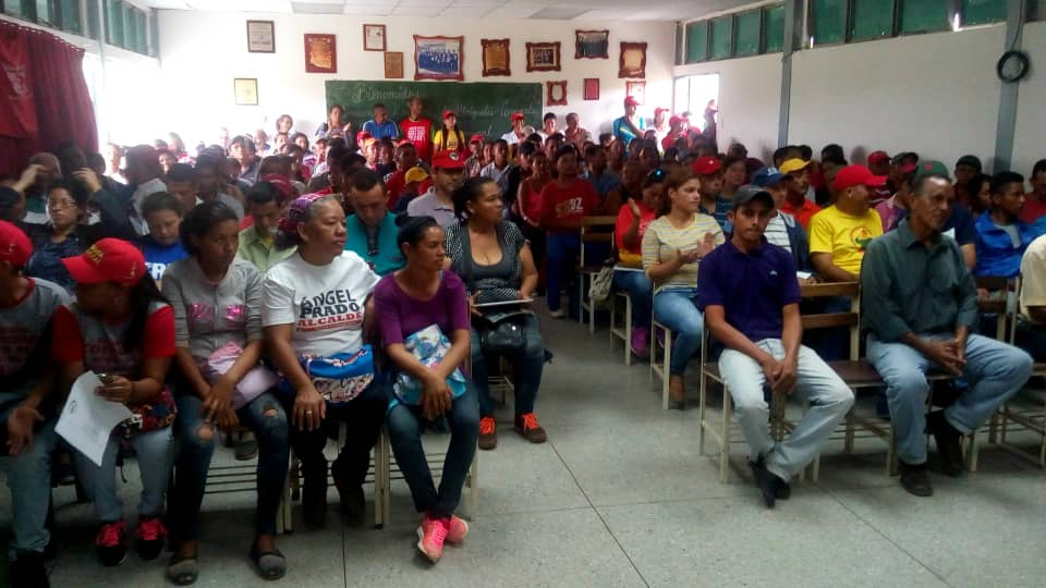 Venezuelan commune activists vow to 'take the offensive'