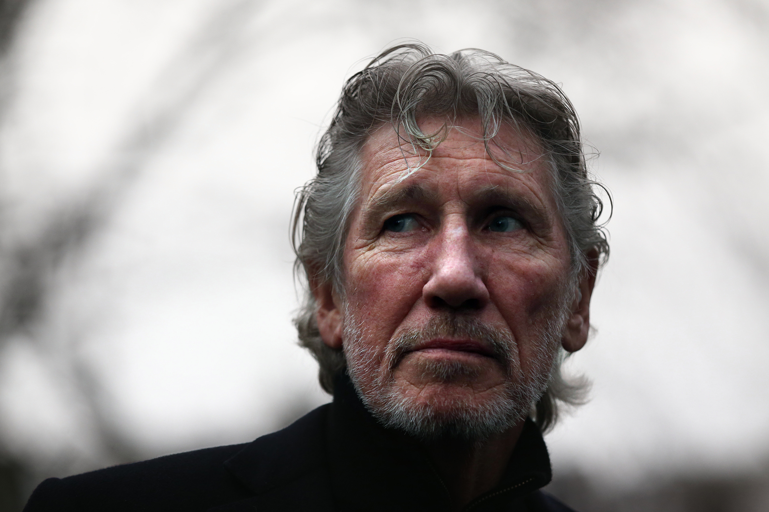 Roger Waters on US coup: 'Leave Venezuela alone'